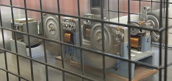 AMES varietat de maquinària de caracterització i assajos de tipus mecànic, de tipus metal•logràfic